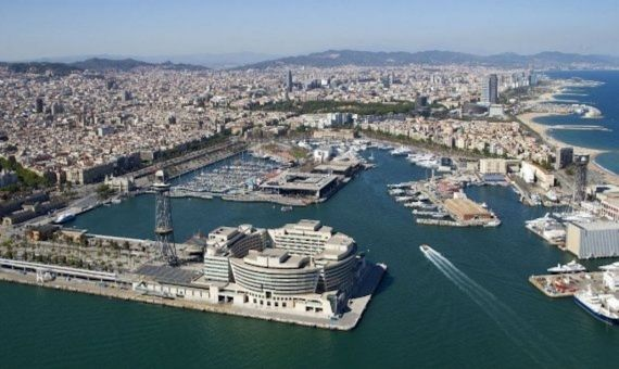 Vista aérea del Port de Barcelona / ARCHIVO