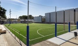 Campo de fútbol del colegio de los Messi / THE BRITISH SCHOOL OF BARCELONA