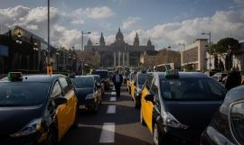 Los taxis se concentran en Barcelona / EUROPA PRESS