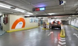 Interior de un parking Saba en Barcelona / PARKAPP