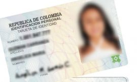 Un documento de identidad de Colombia