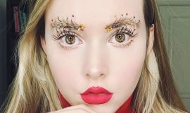 Taylor R con las #ChristmasTreeEyebrows