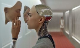 Clip del film 'Ex Machina' / UNIVERSAL