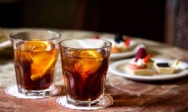 Vermut en un bar de Barcelona / GETTY IMAGES