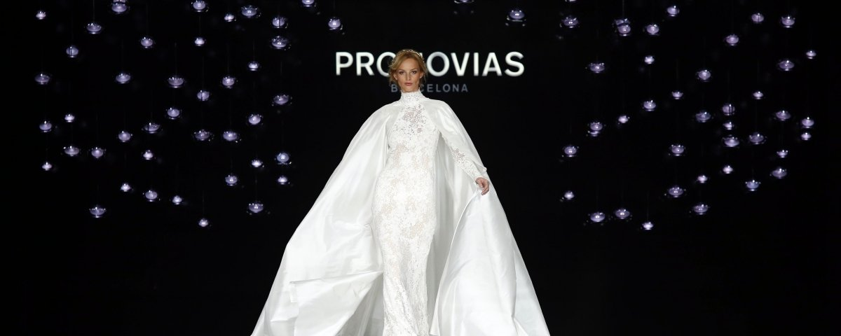 Desfile de Pronovias en la Barcelona Bridal Fashion Week / EFE - Quique García
