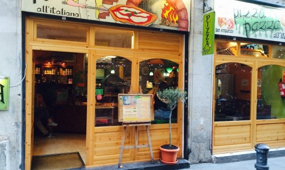Pizza Pazza carrer Ample