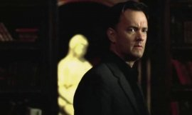 Tom Hanks interpretando a Robert Langdon